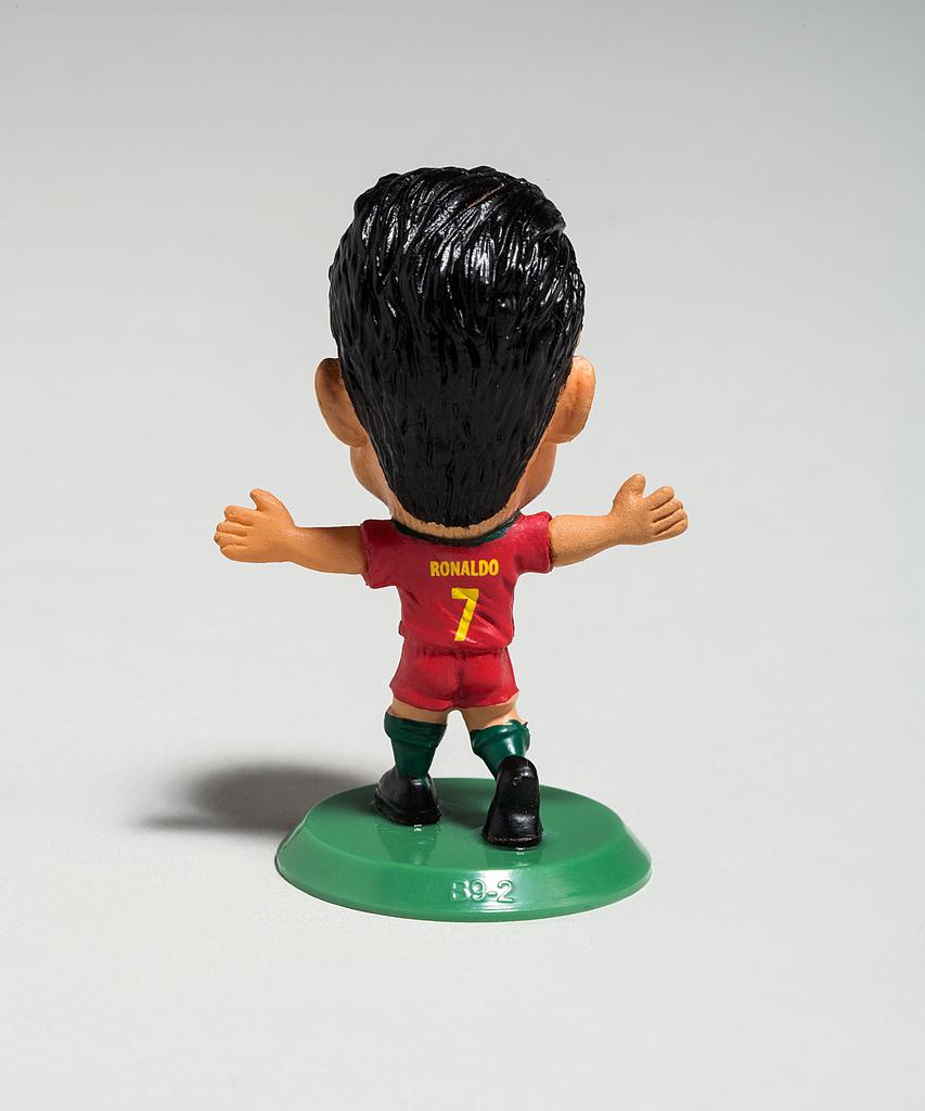 1bdd6412d Soccerstarz - Portugal Cristiano Ronaldo figure